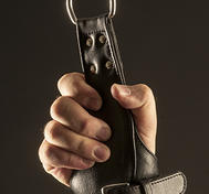 Läderhandbojor för upphängning